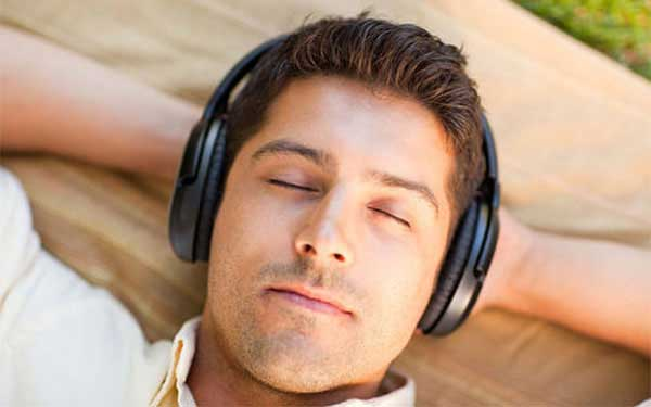Free mp3 Hypnosis audio for Relaxation by Fabiola Miguel
